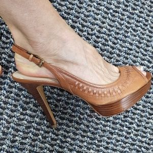 Guess leather peeptoe